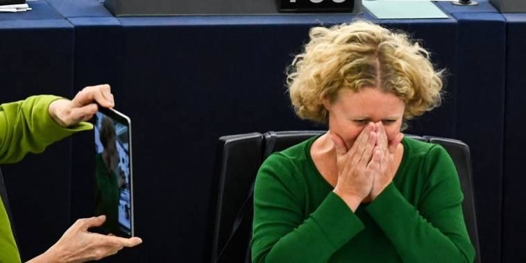 holland társkereső csalások dolgokat, amelyeket tudnia kell, mielőtt építészhez randiznának